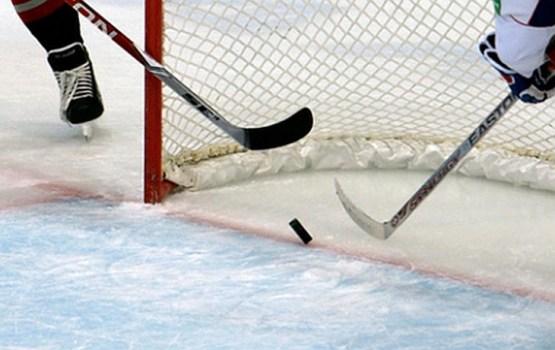 Юные хоккеисты готовятся к играм чемпионата Латвии