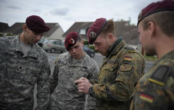 Пьяные немецкие солдаты НАТО разгромили бар в Литве