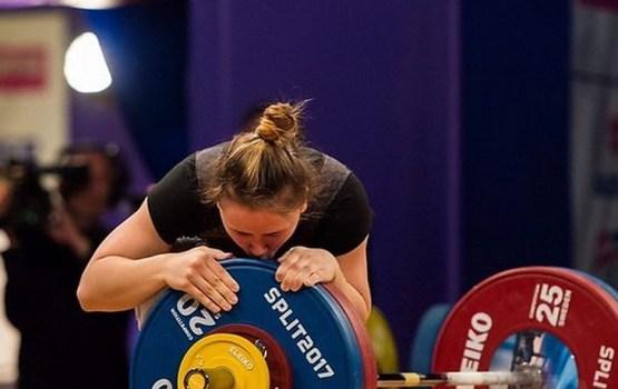 Латвийская тяжелоатлетка Коха в третий раз стала чемпионкой Европы