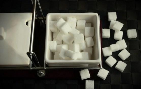 Онкологи: сахар - это как наркотик для раковых клеток