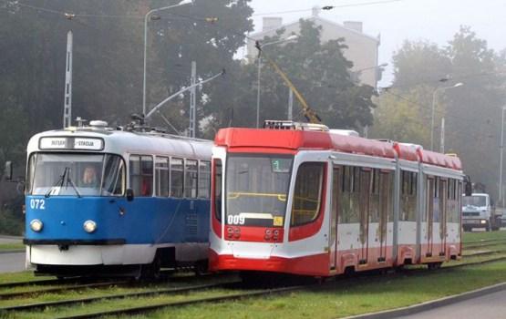 Жалоба: «Людям страшно вечерами ехать в трамвае»