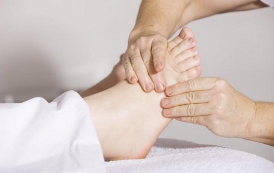 Ортопед расскажет все о ваших «косточках» на ногах. А что знаете вы?