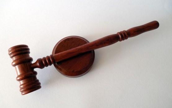 Судьи подняли себе зарплаты до 5000 тысяч евро
