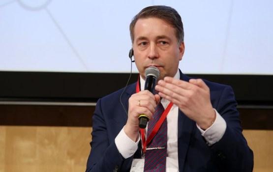 Аугулис: рассматриваются три потенциальных инвестора «airBaltic»