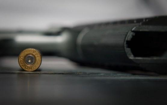 В центре Нью-Йорка мужчина застрелил женщину и покончил с собой