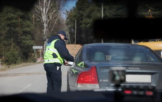 Держись правой полосы: завтра полиция устраивает рейды по «культуре вождения»