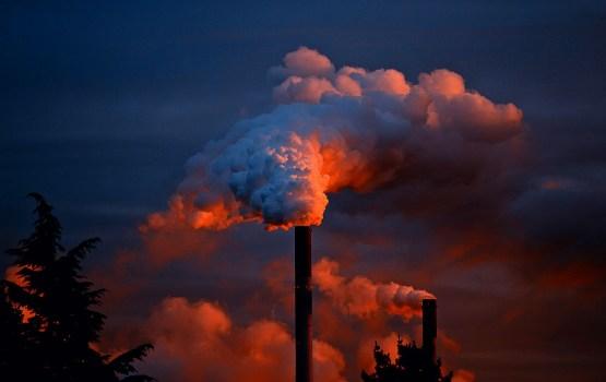 Выпуск промышленной продукции в Латвии за девять месяцев вырос на 9,8%