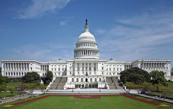 """Конгресс США выделил деньги на новую ракету в ответ на """"нарушение РФ договора РСМД"""""""