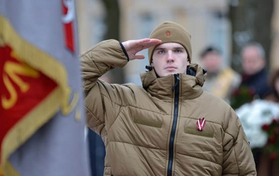 Опрос: день Лачплесиса собирается отмечать половина жителей Латвии