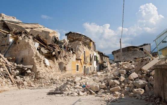 Мощное землетрясение на границе Ирана и Ирака: свыше 400 погибших