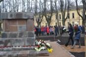 В Крепости открыли отреставрированный памятник