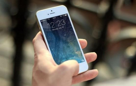 Ученые назвали безопасное для психики время пользования смартфоном