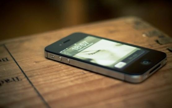 Apple преподнесла неприятный сюрприз владельцам старых iPhone (ВИДЕО)