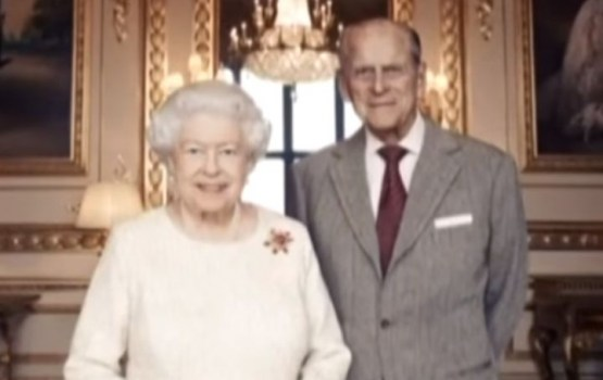 Королева Елизавета и принц Филипп устроили только частный прием в честь 70-й годовщины свадьбы (ВИДЕО)