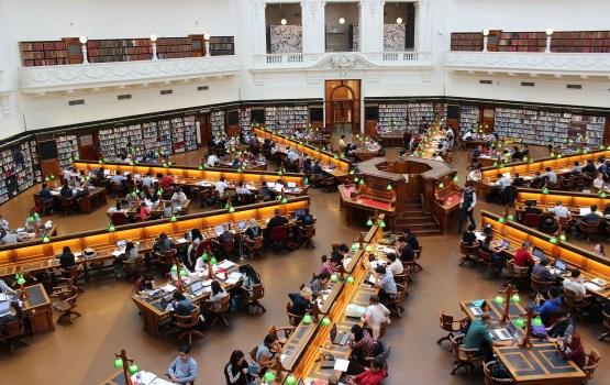 Студентам ДУ предлагают бесплатно учиться в европейских вузах