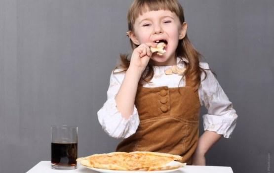 Политики спекулируют на бесплатном питании дошколят