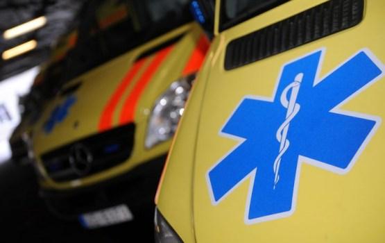 В Курземе 6 подростков оказались в больнице после нюхания клея; самому младшему - 9 лет