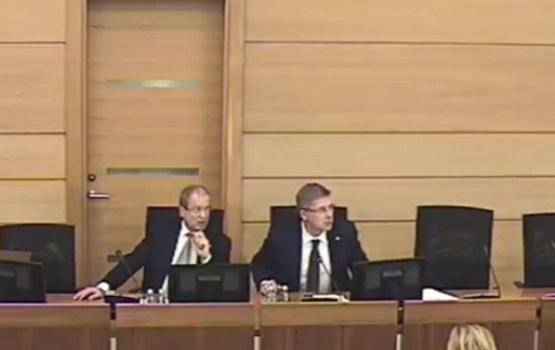 Ушаков прервал заседание думы, уходя от неудобного вопроса (ВИДЕО)