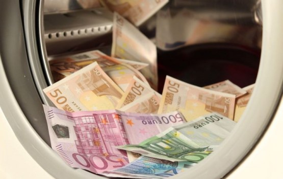 Более 20 латвийских предприятий «отмыли» почти миллион евро