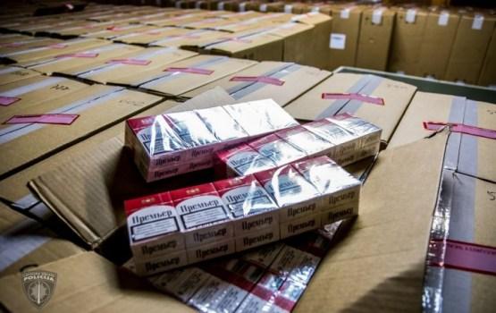 В Латвии найден один из крупнейших в истории складов с контрабандными сигаретами