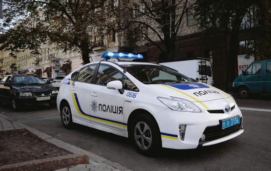 Украинские полицейские похитили у инкассаторов 120 тысяч долларов