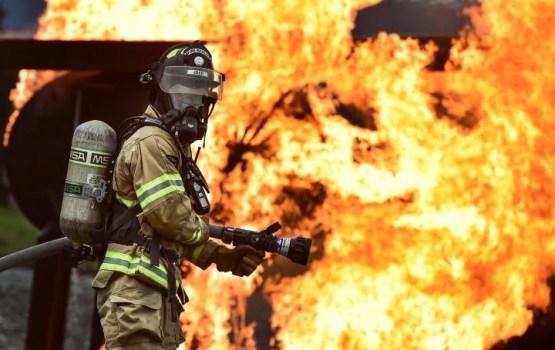 Лесные пожары несут смерть в Калифорнию