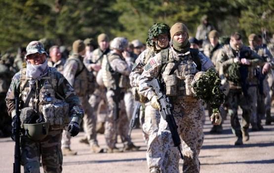 Сейм решил оставить латвийских военных в Ираке до февраля 2020 года
