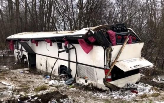 В Литве перевернулся школьный автобус: трое человек — в реанимации