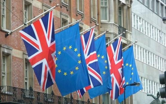 Великобритания и ЕС достигли прогресса в переговорах по Brexit