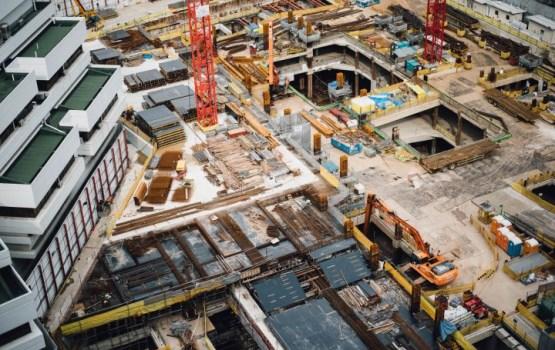 """Две строительные фирмы попались на """"зарплатах в конвертах"""": проведено 26 обысков"""