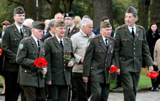 Историческое решение Латвии: все участники Второй мировой равны. Кроме неграждан