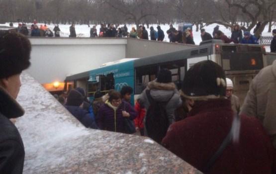 Трагедия в Москве: водителя автобуса госпитализировали с кровоизлиянием в мозг