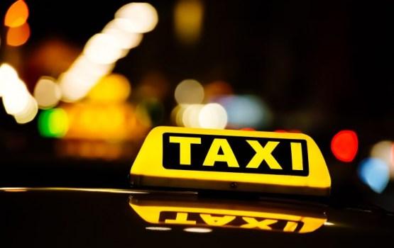 СГД начинает наказывать таксомоторные фирмы за старые счетчики
