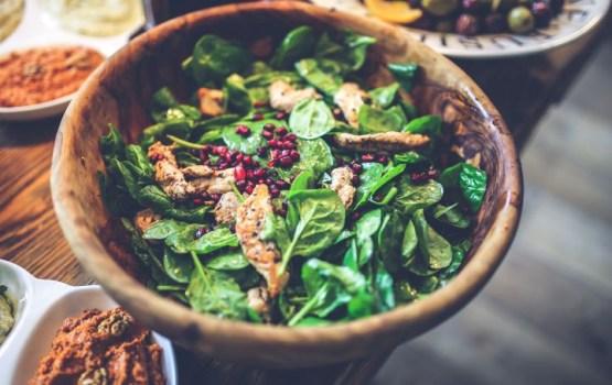 Старинный французский рецепт – жареная куриная печень в коньяке