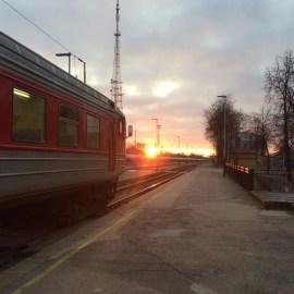 В Даугавпилс прибыл первый поезд из Вильнюса