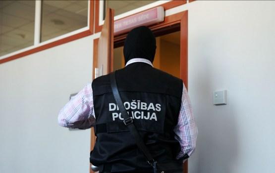 ПБ расследует дело о нарушении установленных международными организациями и Латвией санкций