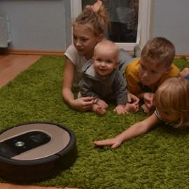 Семья Самуйловых: «iRobot гораздо лучше своих аналогов» (ВИДЕО)