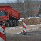 Строители перебрались на другой участок будущего путепровода