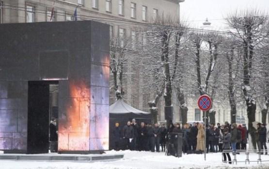 Рига: памятник за 247 000 евро, который снесут через два года