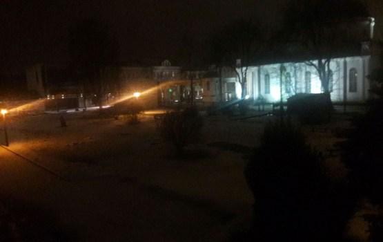 Жители снова жалуются на освещение в Саду скульптур