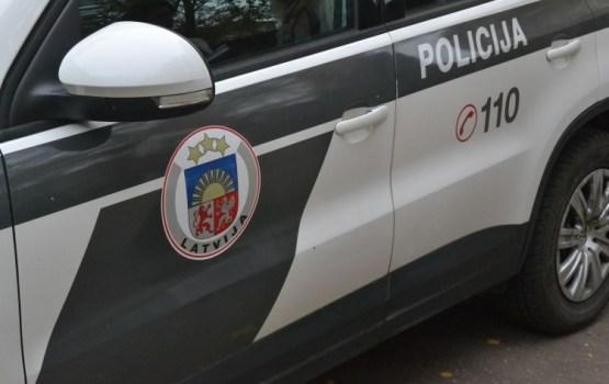 Пьяный водитель совершил аварию и напал на полицейских