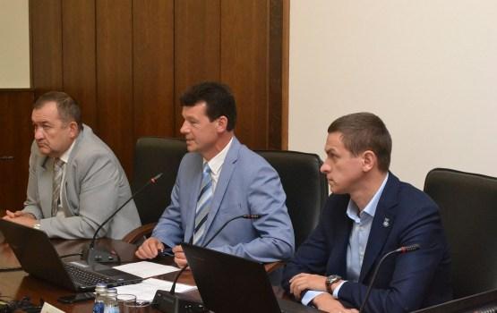 Депутаты намерены ограничить полномочия мэра