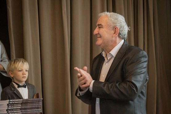 Известный искусствовед и педагог Михаил Казиник с новой программой в Риге