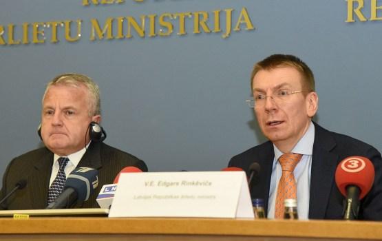 Заместитель госсекретаря США: США и Латвия тесно сотрудничают в борьбе с коррупцией