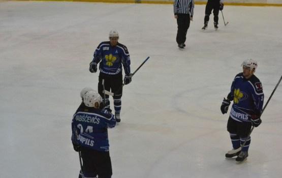 Хоккей: поражение лишило места в Play-off