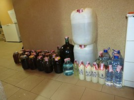 В Резекне прикрыли производство нелегального алкоголя