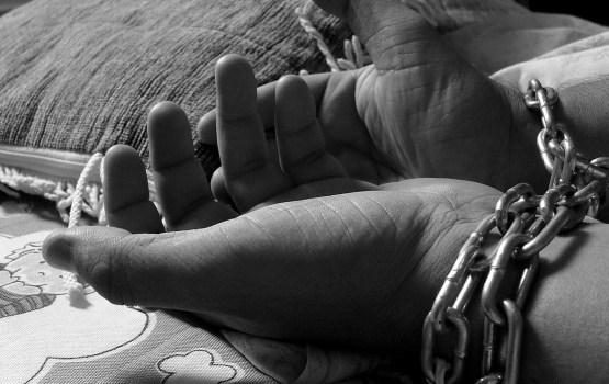В прошлом году в Латвии выявили 20 жертв торговли людьми