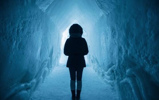 Жертвы мороза: 14-летняя пьяная девочка обморозила руку
