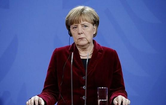 Германией вновь будет править коалиция во главе с Меркель