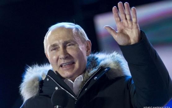 Путин набирает на выборах президента России более 76% голосов